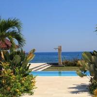 Vakantievilla in Bali met zwembad en buitendouche.