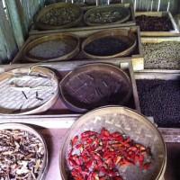 Op Bali kun je de lekkerste kruiden en specerijen kopen.
