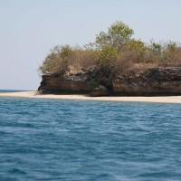 Genieten van de Bali zee en het strand.
