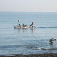 Vissers op de Bali zee.